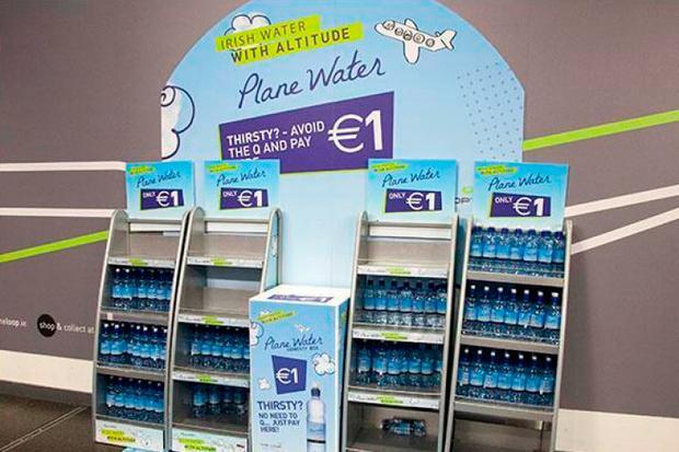Plane_water